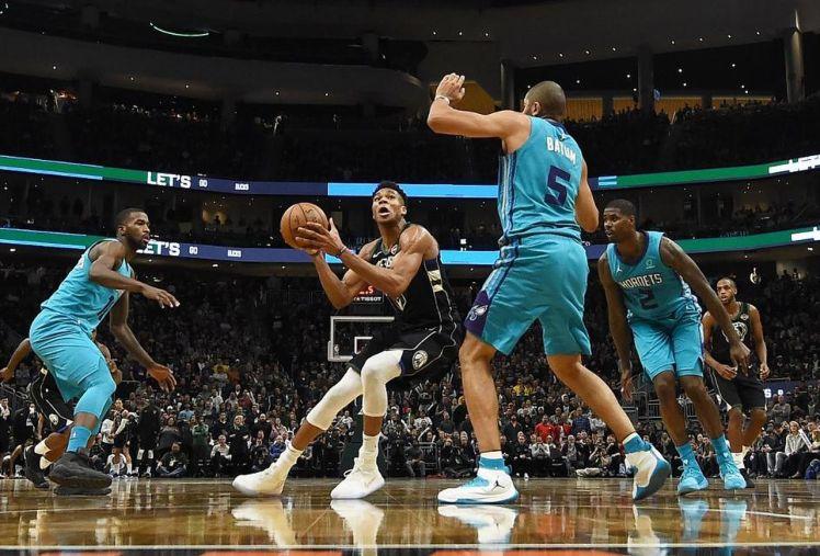NBA_giannis